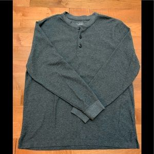L.L. Bean gray knit henley long sleeve tee size L